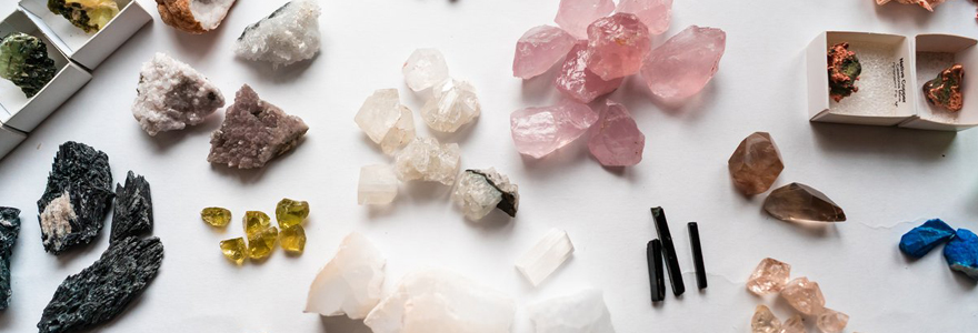 pierres précieuses
